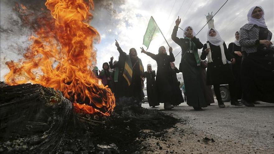 Detenidos 20 palestinos por fuerzas israelíes en Jeruslén Este y Cisjordania