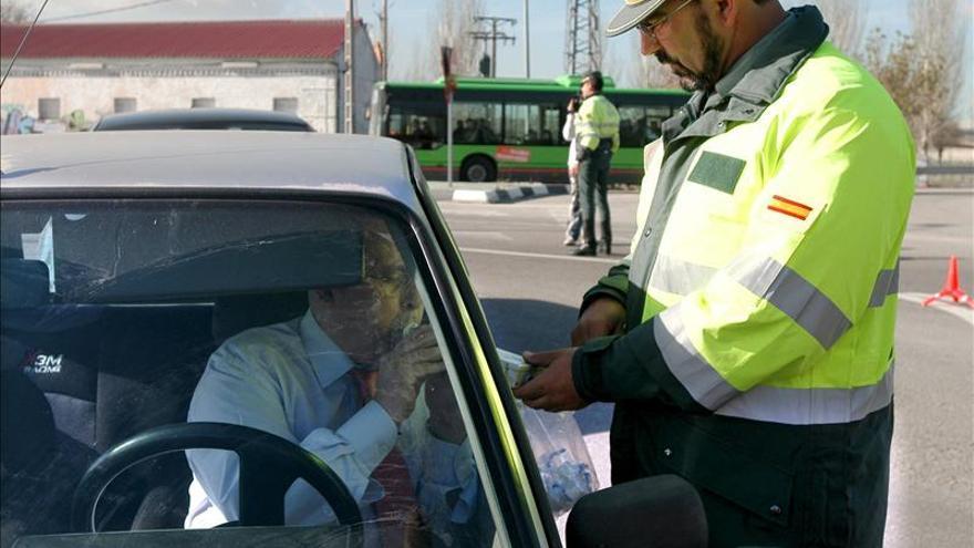 Tráfico pone una media de 10.800 multas diarias
