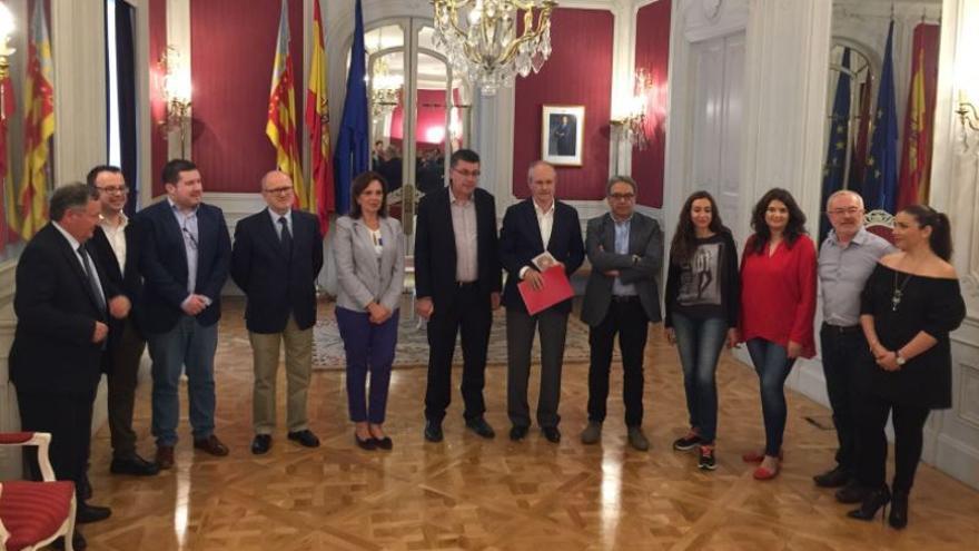 Entrega del informe del Consell de Transparència en les Corts