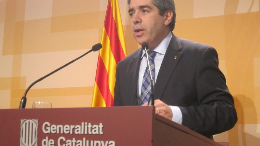 """La Generalitat afirma que la consulta será """"políticamente"""" vinculante y determinará la posición del Gobierno catalán"""