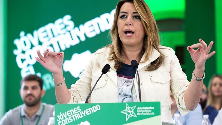 """Susana Díaz, """"triste"""" por los encarcelamientos, culpa al """"huido Puigdemont"""""""