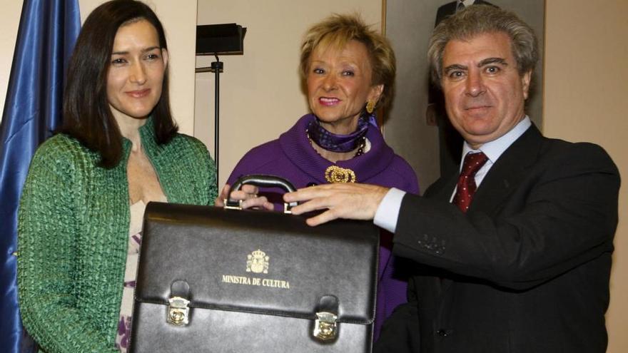 Ángeles González Sinde, última encargada de un Ministerio de Cultura independiente
