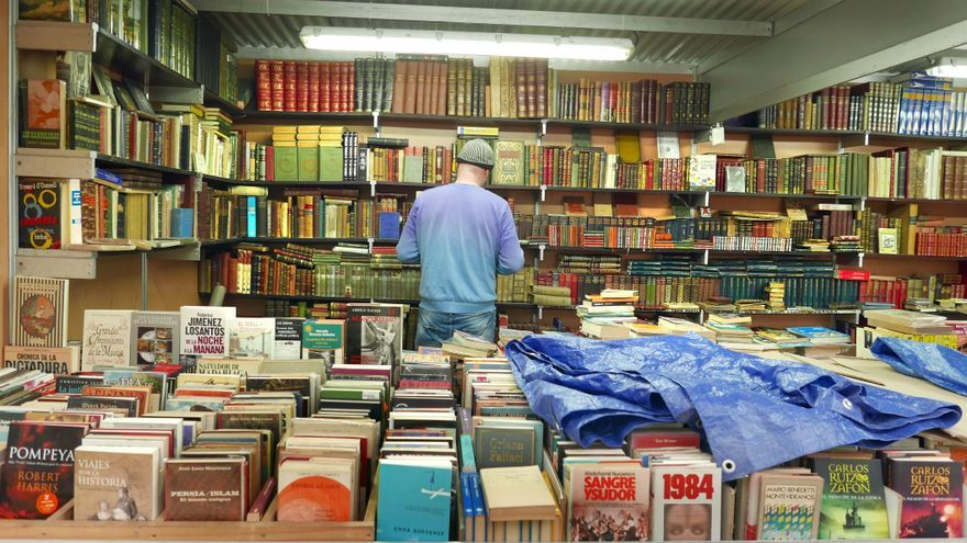 La feria del libro antiguo de Valencia abre sus puertas