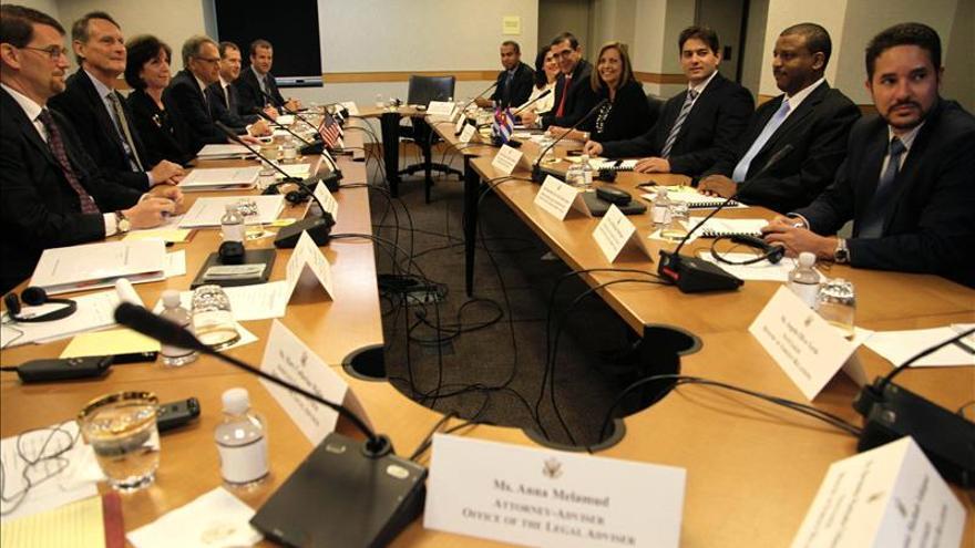 """EE.UU. y Cuba, """"mucho más cerca"""" de abrir embajadas tras nueva ronda de diálogo"""