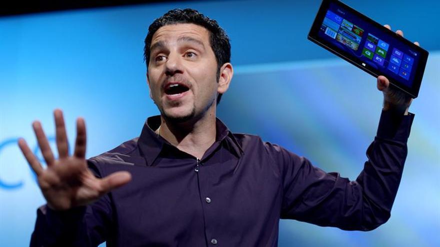 """Microsoft presenta el PC de sobremesa """"Surface Studio"""" para competir con Apple"""