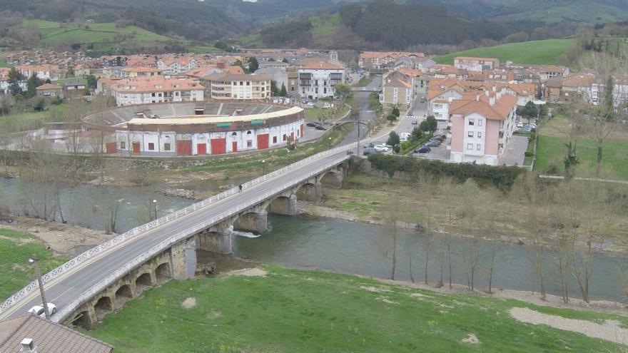 Comienzan los trabajos previos para ampliar y mejorar el puente de Marrón, que costará 800.000 euros