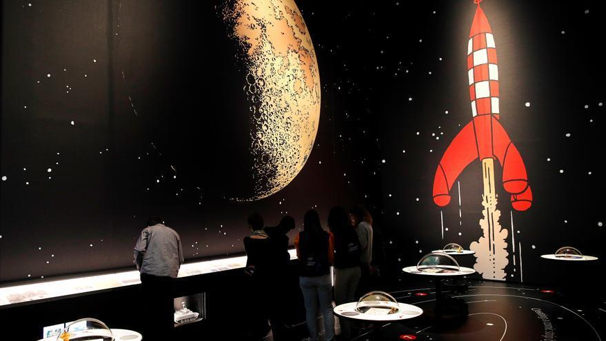 Editan en 7 lenguas la aventura de Tintín en la Luna, entre ellas el mallorquín