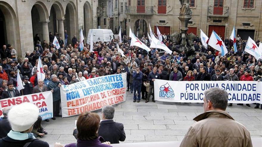 La Asociación por la gratuidad de la sanidad se manifiesta en Santiago