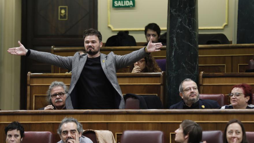 """Rufián vuelve a la sesión de control tras su expulsión y preguntará a Sánchez si hará algo frente a la """"ultraderecha"""""""