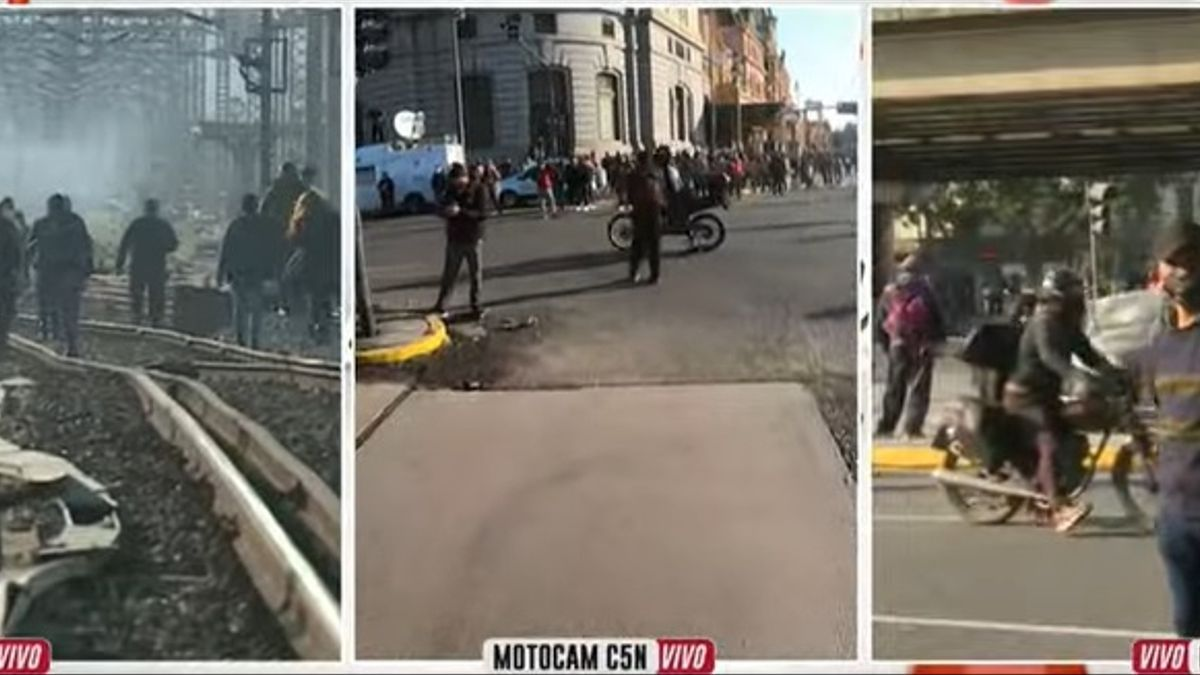 Caos por protestas en el ministerio de Desarrollo Social y en Constitución, por el corte del tren Roca.