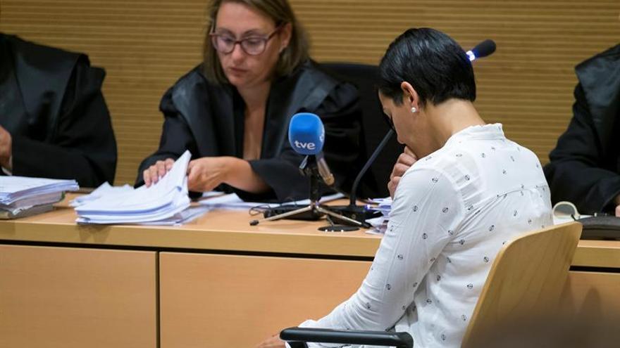 """Arantxa A., acusada de haber asesinado a su novio porque """"no la satisfacía sexual ni económicamente"""""""