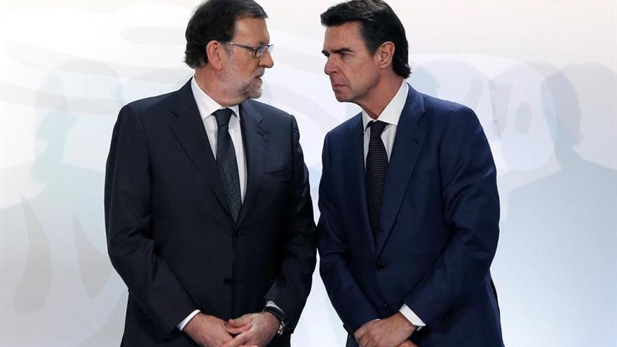 Rajoy no podrá nombrar nuevo ministro en vez de Soria al estar en funciones
