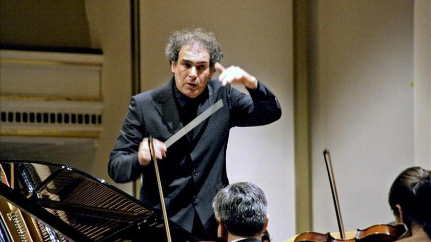 El maestro Yaron Traub renueva 2 años como director artístico del Palau