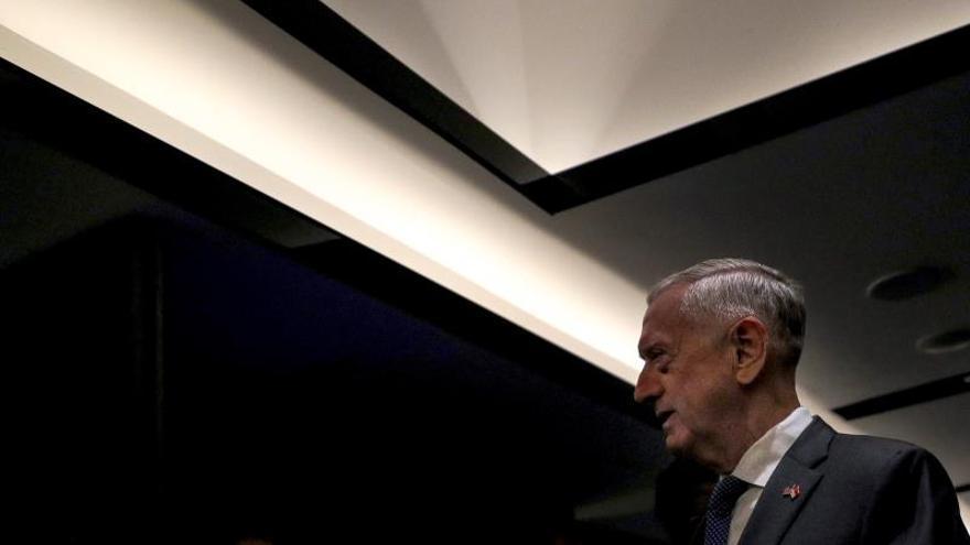 """El exjefe del Pentágono acusa a Trump de abuso de autoridad y de """"dividir"""" EE.UU."""