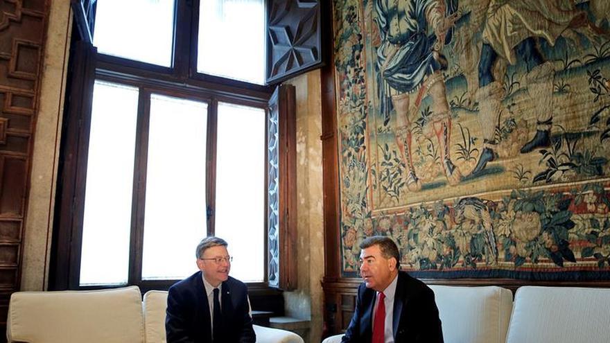 Air Nostrum promocionará 4 años los destinos valencianos en sus aviones