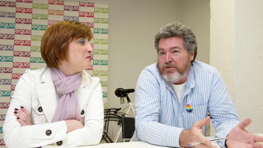 Reyes Montiel y Juan López Uralde, durante la entrevista