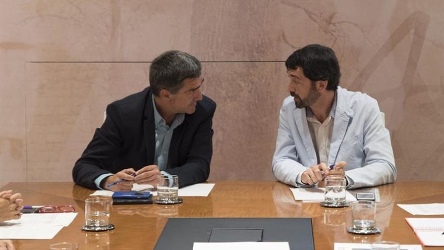 Los gobiernos vasco y navarro quieren promover la unión entre víctimas y sociedad