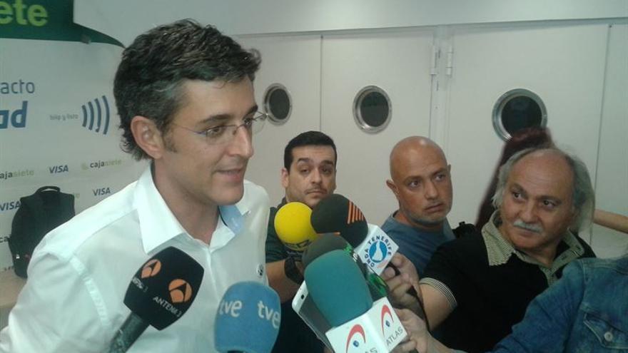 Eduardo Madina en una comparecencia ante los medios en Santa Cruz de Tenerife. Europa Press.