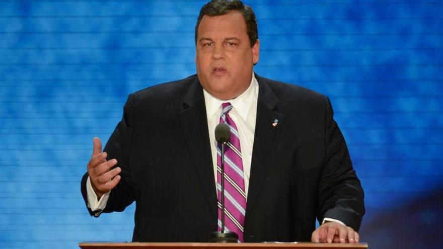 Los líderes republicanos de EE.UU., entre la cautela y el respaldo a Christie