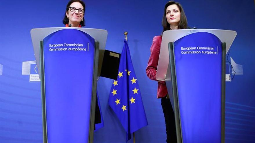 Grupo de alto nivel de la UE definirá noticias falsas y cómo combatirlas