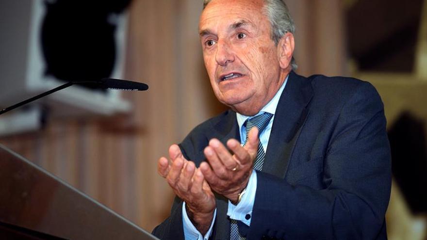 La CNMC multa con 1,84 millones a Halcón y Barceló por viajes del Imserso