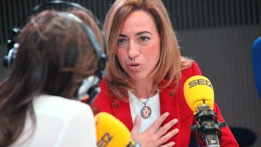 """Chacón pide a los socialistas """"unidad"""" para responder al desafío de Mas igual que al Plan Ibarretxe"""