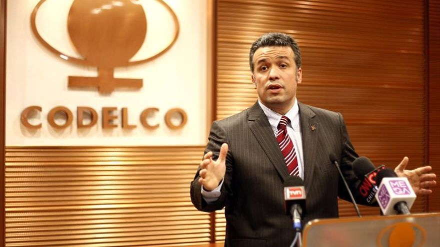 Herido leve en atentado el presidente del directorio de la chilena Codelco