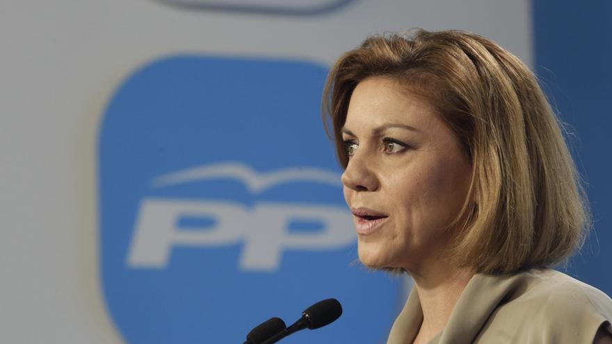 Cospedal defiende que los ciudadanos quieren elegir al alcalde, menos administración y menos diputados autonómicos