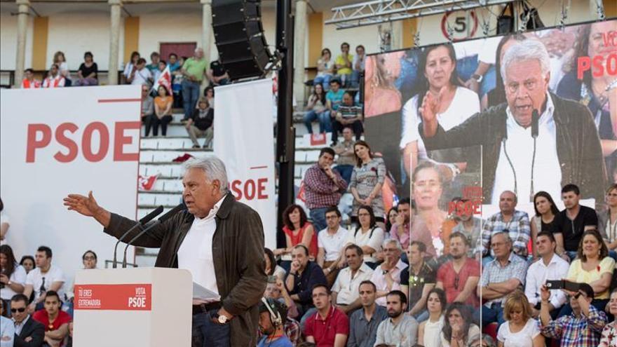 González pide a PP y Podemos respeto a Andalucía y que dejen gobernar al PSOE