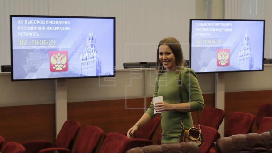 "Sobchak afirma que se ha levantado un ""telón de acero"" contra Rusia"