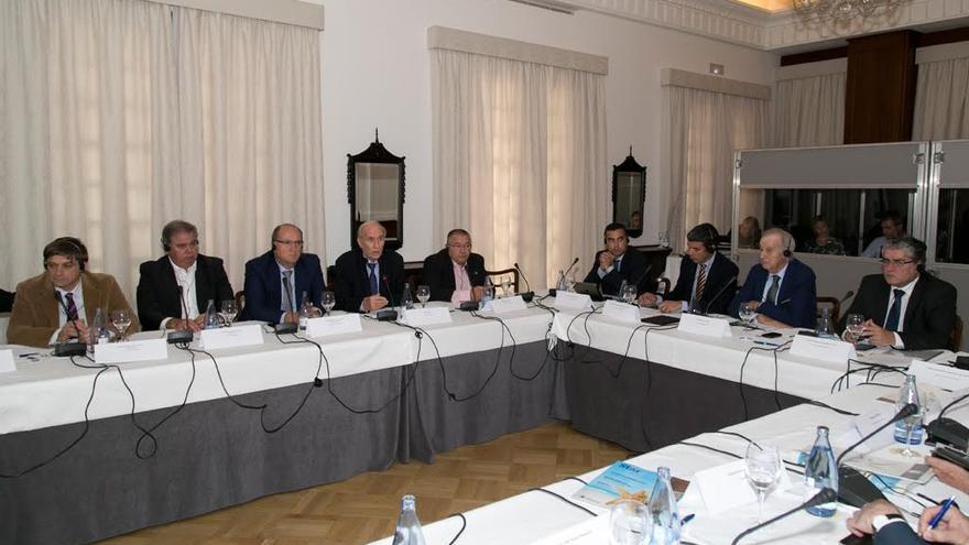 La Asociación de Productores Europeos de Bananas (APEB) ha celebrado este martes en Santa Cruz de Tenerife su asamblea general.