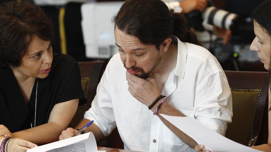 Iglesias anima a Sánchez a buscar un acuerdo con Unidos Podemos y fuerzas catalanas y vascas si Rajoy fracasa