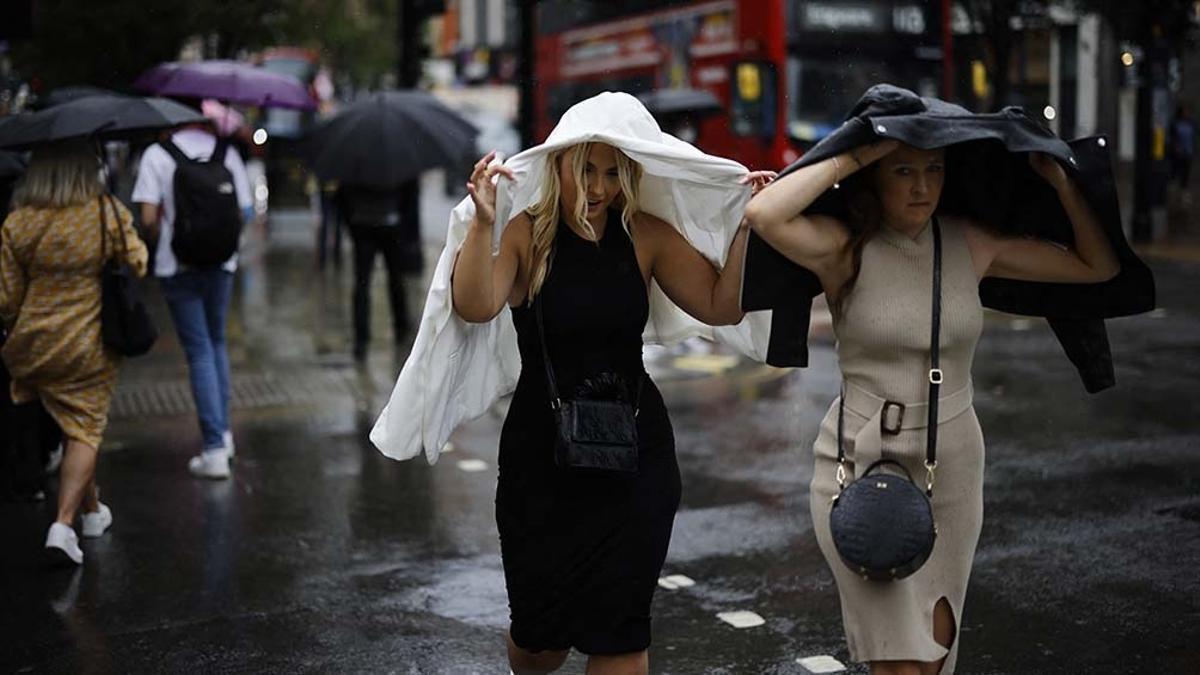 Mucha lluvia en Reino Unido