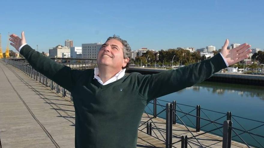 El activista Ramón López es una de las incógnitas en la capital onubense.