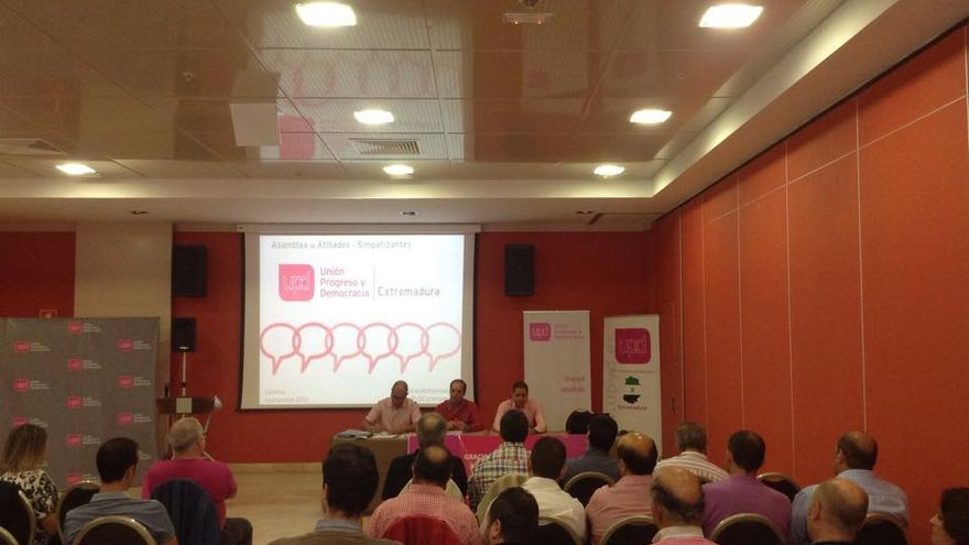 UPyD Extremadura asamblea Badajoz 27 septiembre 2014