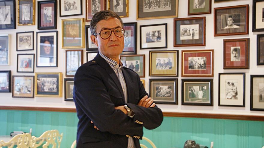 Valladares, en la cafetería del Círculo de Bellas Artes de Santa Cruz