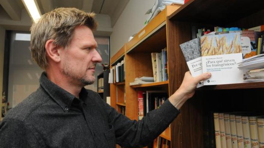 David Bueno, profesor de genética en la UB y divulgador