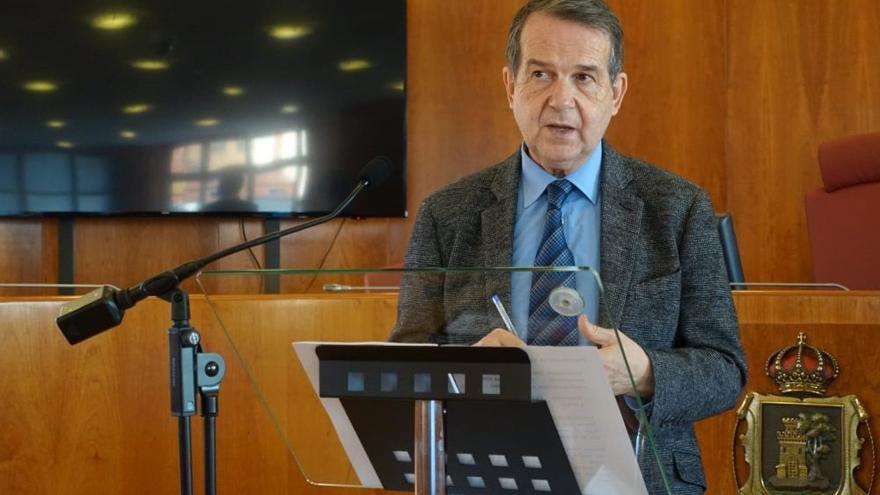 Archivo - El alcalde de Vigo y presidente de la FEMP, Abel Caballero