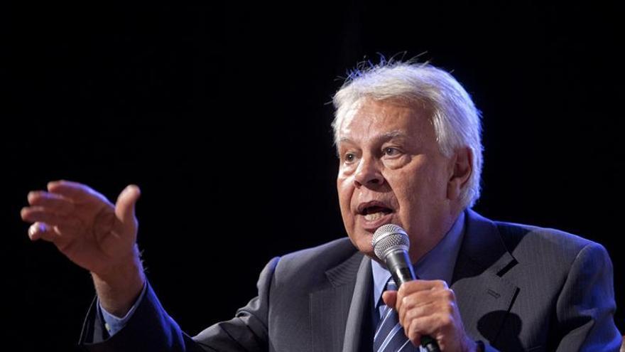 """El expresidente González afirma que la UE es el """"enfermo"""" de la economía global"""