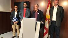 La oposición denuncia que Colau quiere reducirles asesores y presidencias de comisión