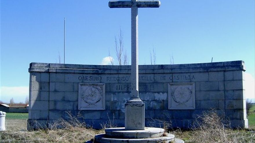 Monumento a Onésimo Redondo (Labajos)