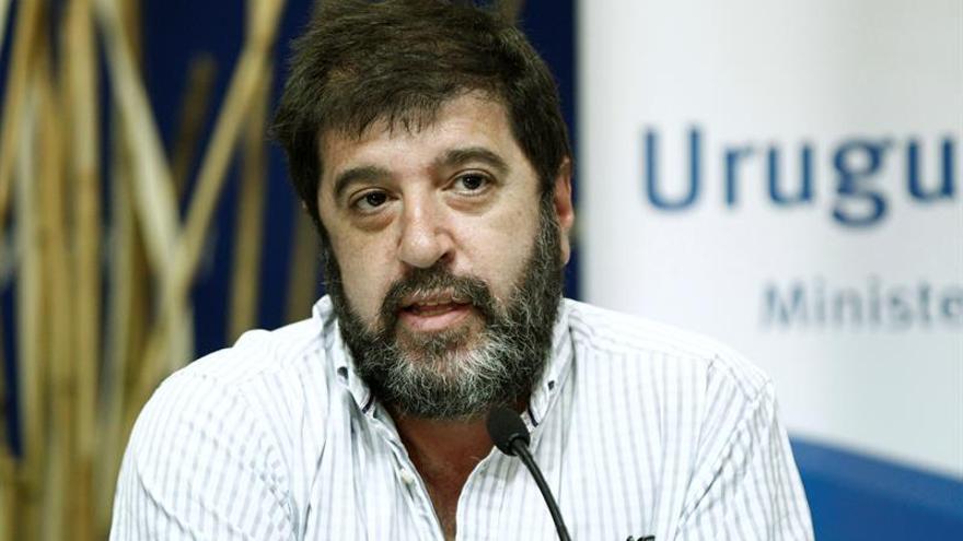 Turismo uruguayo y gremial pactan mejorar condición de trabajadores del ramo