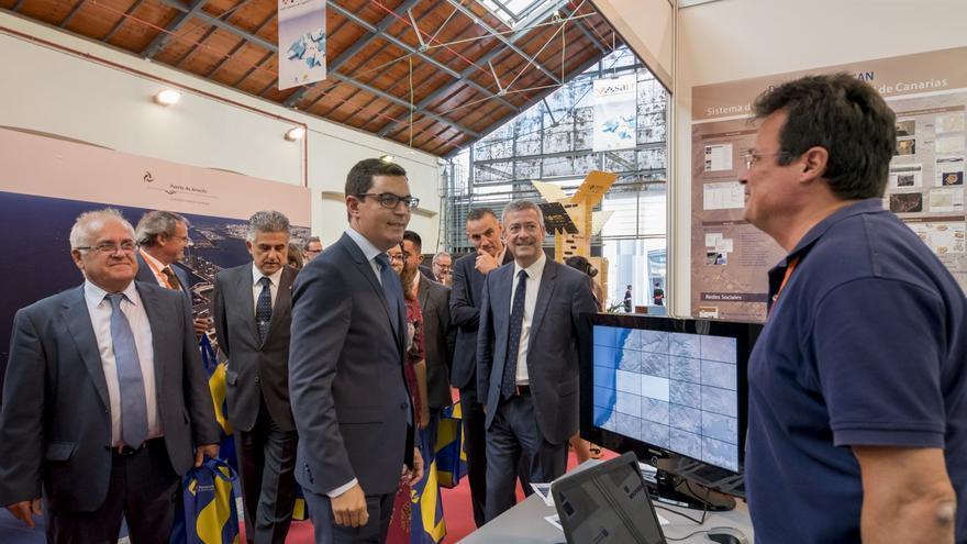 El vicepresidente Pablo Rodríguez ha inaugurado hoy la VI edición del Salón Atlántico de Logística y Transporte en el que participan más de 60 empresas.