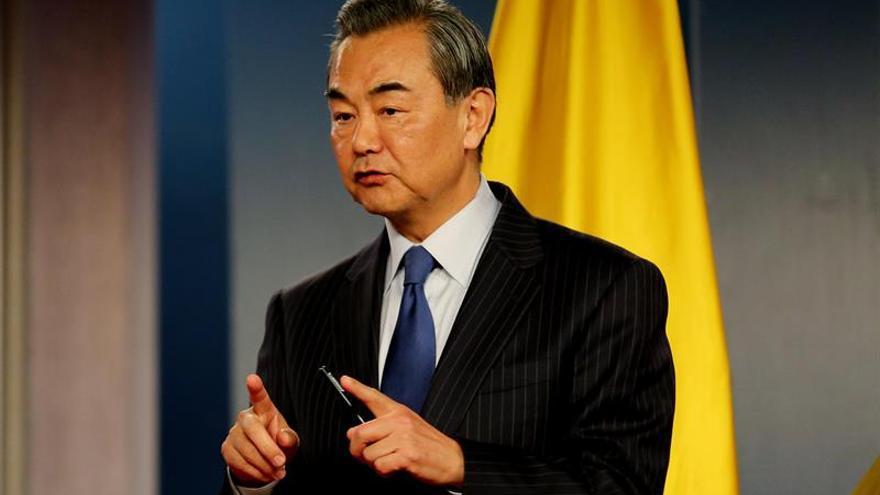 China busca incrementar la cooperación en la gira del ministro de AAEE por África
