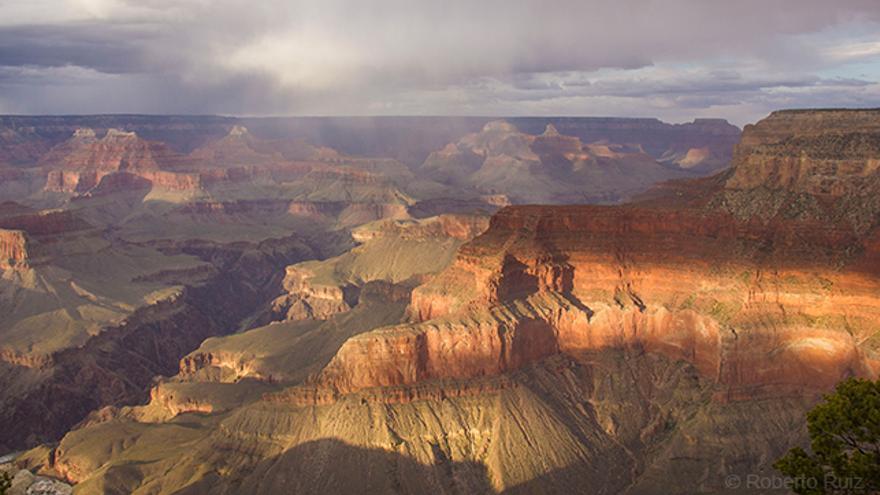 La puesta de sol es el mejor momento para apreciar los colores del cañón.