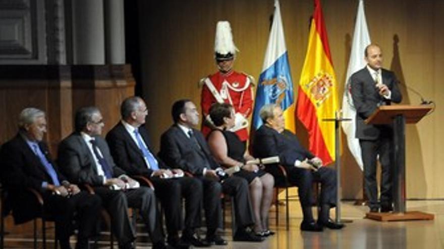 Acto de Honores y Distinciones. (ACFI PRESS)