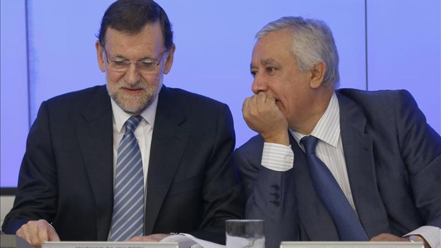 Mariano Rajoy junto a Javier Arenas