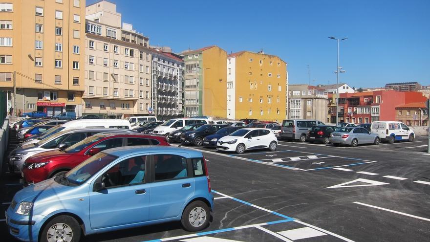 Inaugurado el aparcamiento gratuito provisional de más de 200 plazas en la antigua parcela de Tabacalera