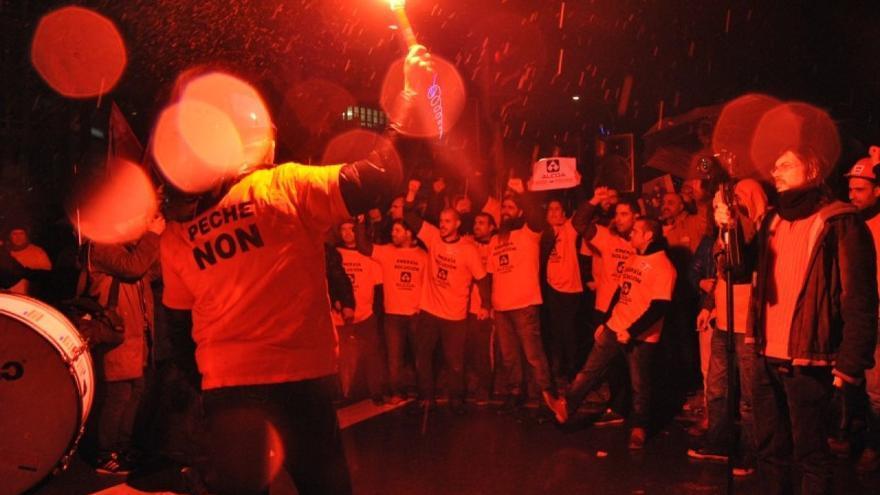 Manifestación de personal de la fábrica coruñesa de Alcoa contra una de las anteriores amenazas de cierre