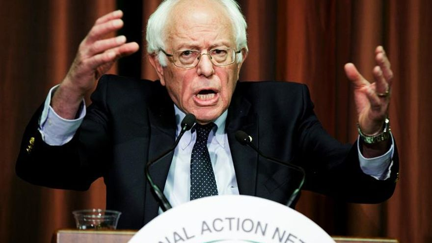 """""""EE.UU. no va a votar por un presidente que insulte a los latinos"""", asegura Bernie Sanders"""